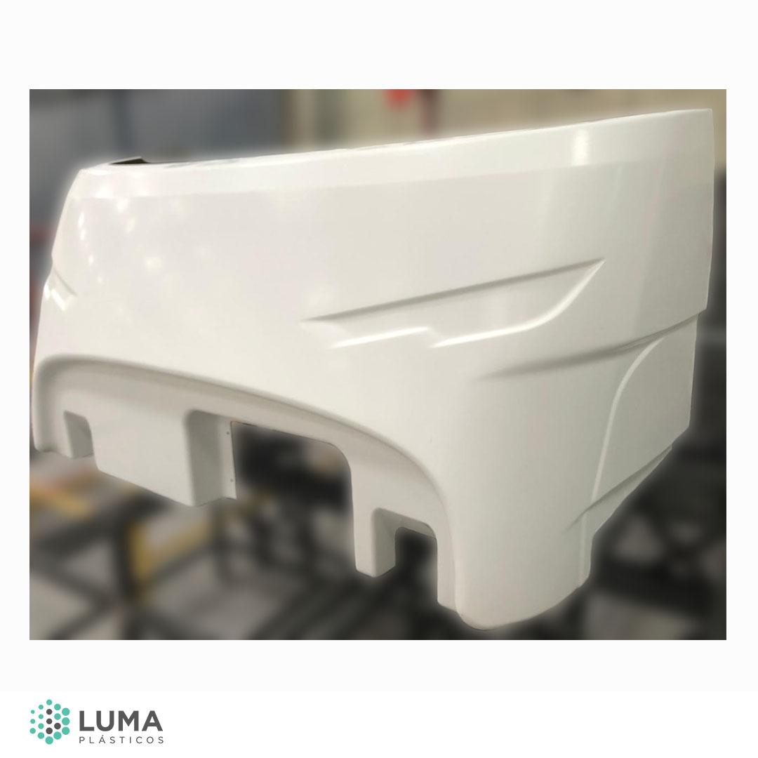 Exemplo de peça produzida em Spray-up, técnica que utilizamos nas soluções para indústria.